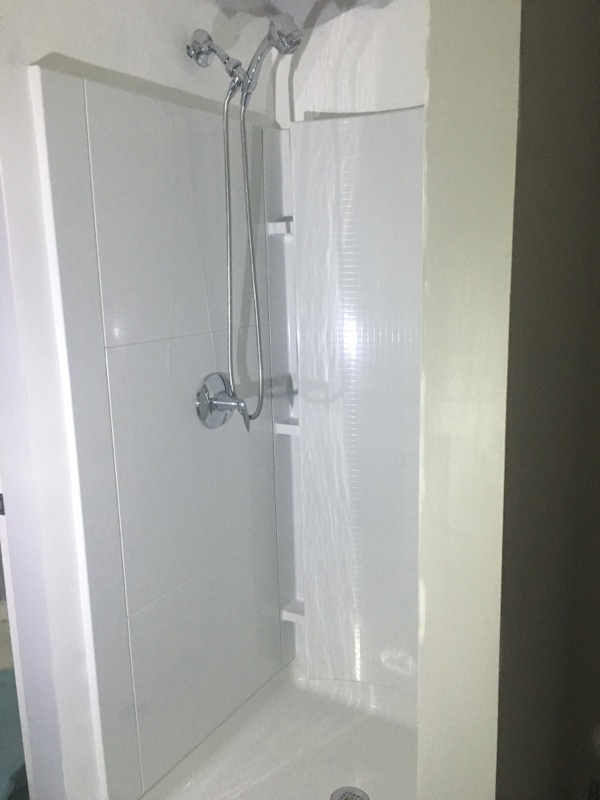 Sterling Accord Shower With Tile Pattern